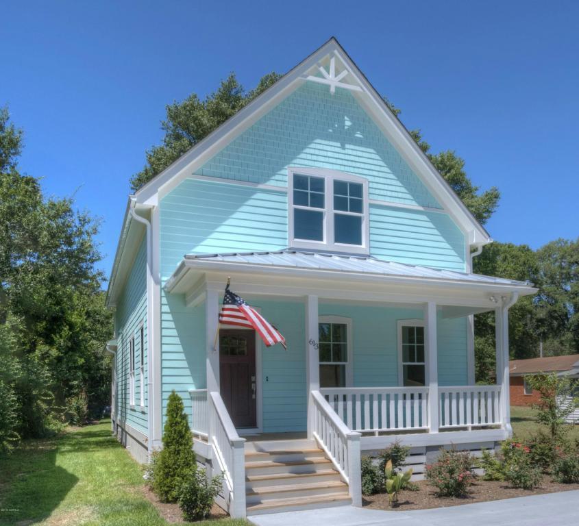 613 N Lord Street, Southport, NC 28461 (MLS #100004865) :: Century 21 Sweyer & Associates