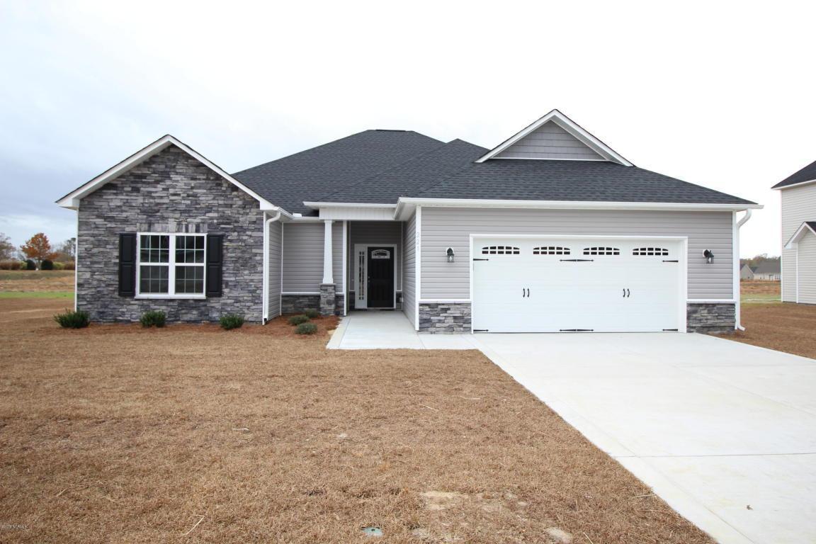 221 Copper Creek Drive, Winterville, NC 28590 (MLS #100012409) :: Century 21 Sweyer & Associates