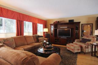 1100 Vista Pl F, Wenatchee, WA 98801 (MLS #712108) :: Nick McLean Real Estate Group