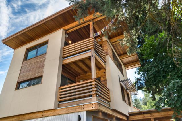 1122 Commercial St B, Leavenworth, WA 98826 (MLS #713637) :: Nick McLean Real Estate Group