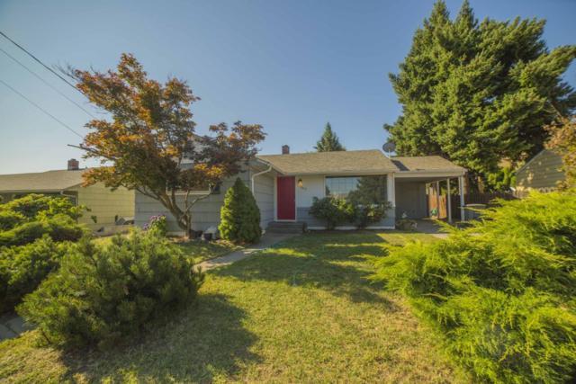 1245 Cherry St, Wenatchee, WA 98801 (MLS #713640) :: Nick McLean Real Estate Group