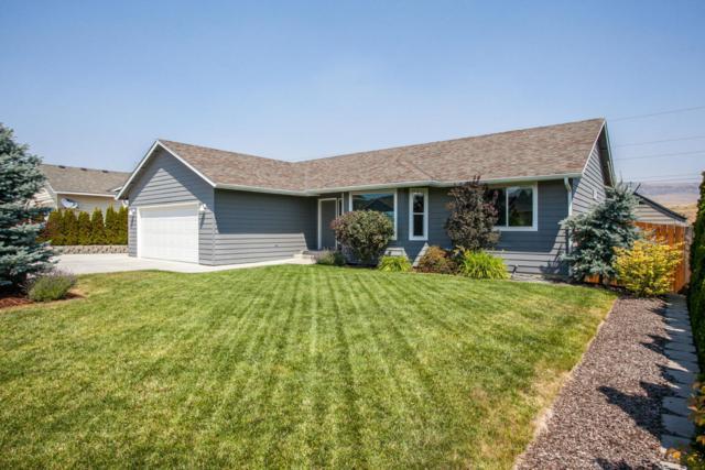 2327 Silo Dr, East Wenatchee, WA 98802 (MLS #713676) :: Nick McLean Real Estate Group