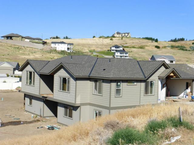 242 Sunny Meadows Loop, Wenatchee, WA 98801 (MLS #713689) :: Nick McLean Real Estate Group