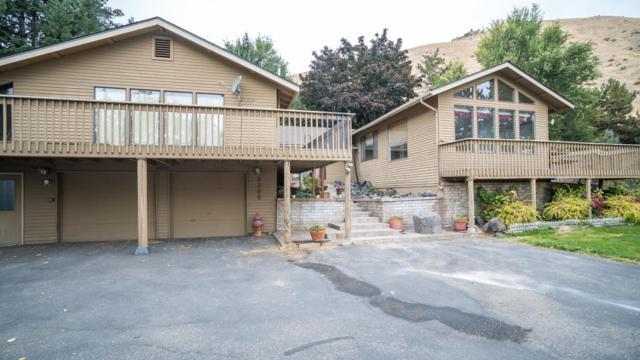 2200 Number 2 Canyon Rd, Wenatchee, WA 98801 (MLS #714388) :: Nick McLean Real Estate Group