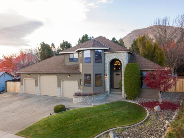 506 Cedar Wood Pl, Wenatchee, WA 98801 (MLS #714846) :: Nick McLean Real Estate Group