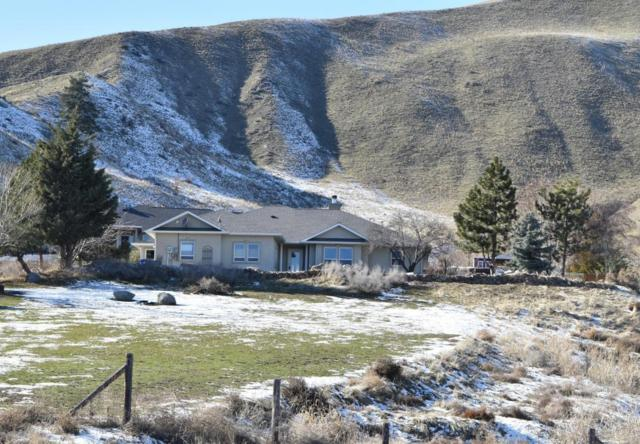 632 Sage Hills Dr, Wenatchee, WA 98801 (MLS #715049) :: Nick McLean Real Estate Group