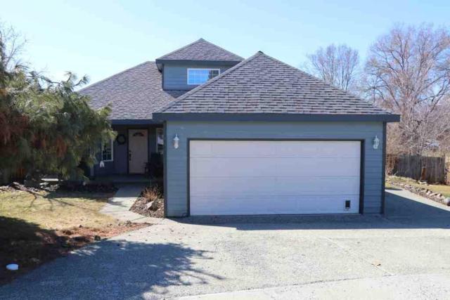 1738 Manhattan Dr, East Wenatchee, WA 98802 (MLS #715206) :: Nick McLean Real Estate Group