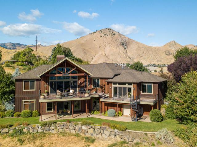 1680 Skyline Dr, Wenatchee, WA 98801 (MLS #715239) :: Nick McLean Real Estate Group