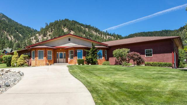 10552 Ski Hill Dr, Leavenworth, WA 98826 (MLS #715250) :: Nick McLean Real Estate Group