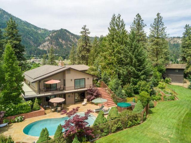 10212 Titus Rd, Leavenworth, WA 98826 (MLS #715412) :: Nick McLean Real Estate Group