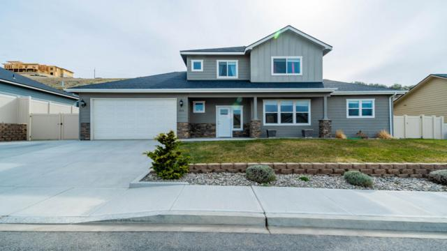 2833 N Breckenridge Drive, East Wenatchee, WA 98802 (MLS #715560) :: Nick McLean Real Estate Group