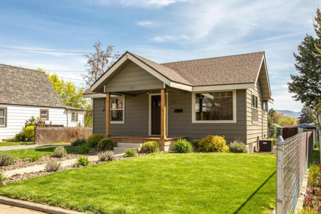 421 S Pearl St, Wenatchee, WA 98801 (MLS #715596) :: Nick McLean Real Estate Group
