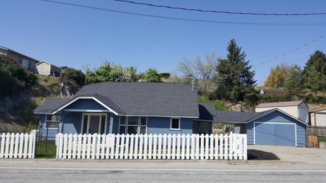3316 Burch Mountain Rd, Wenatchee, WA 98801 (MLS #715611) :: Nick McLean Real Estate Group