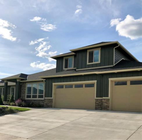 450 Laurie Dr, Wenatchee, WA 98801 (MLS #715912) :: Nick McLean Real Estate Group