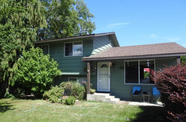 11 NE 31st St, East Wenatchee, WA 98802 (MLS #716234) :: Nick McLean Real Estate Group