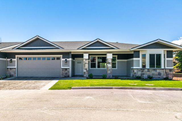 448 River Walk Dr, Wenatchee, WA 98801 (MLS #716278) :: Nick McLean Real Estate Group