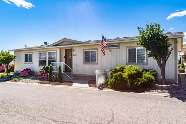 1625 Pleasant Ave #38, Wenatchee, WA 98801 (MLS #716437) :: Nick McLean Real Estate Group