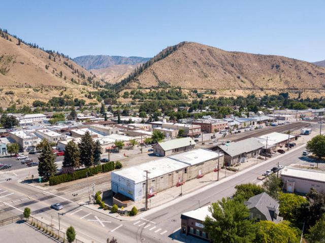 101-111 Railroad Ave, Cashmere, WA 98815 (MLS #716444) :: Nick McLean Real Estate Group