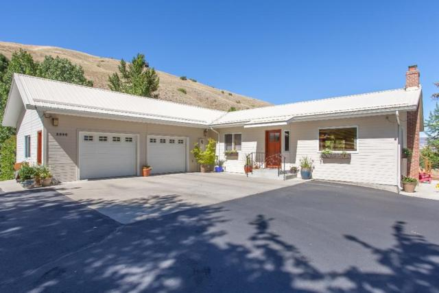 3040 Number 1 Canyon Rd, Wenatchee, WA 98801 (MLS #716458) :: Nick McLean Real Estate Group