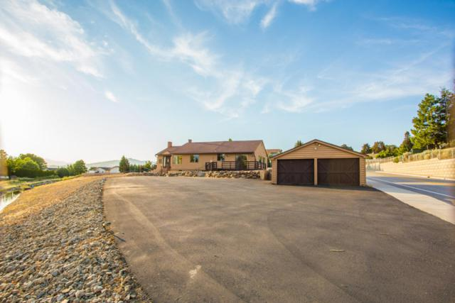 2460 N Baker Ave, East Wenatchee, WA 98802 (MLS #716515) :: Nick McLean Real Estate Group