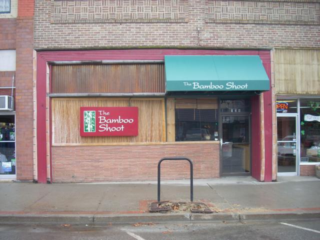 138 E Woodin Ave, Chelan, WA 98816 (MLS #716951) :: Nick McLean Real Estate Group