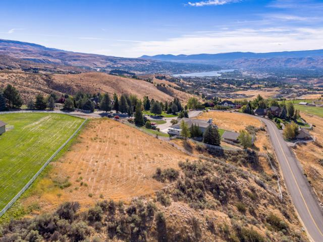 4334 Anna Ln, Wenatchee, WA 98801 (MLS #717162) :: Nick McLean Real Estate Group