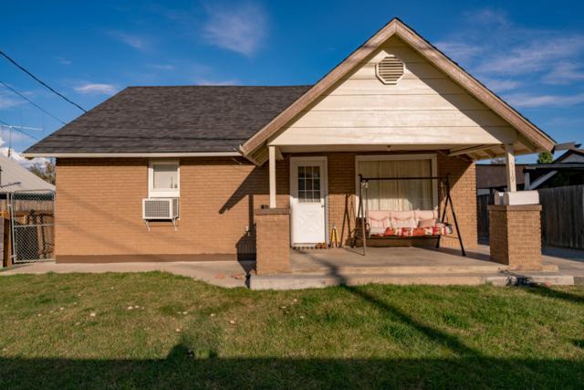 519 A & B Sunset Ave, Wenatchee, WA 98801 (MLS #717169) :: Nick McLean Real Estate Group