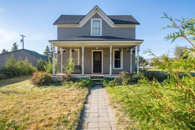126 W Ash St, Waterville, WA 98858 (MLS #717174) :: Nick McLean Real Estate Group