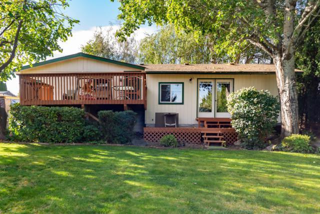 217 S Kentucky Ave, East Wenatchee, WA 98802 (MLS #717181) :: Nick McLean Real Estate Group