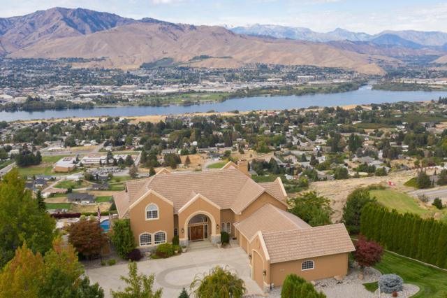 2462 Twin Peaks Vw, East Wenatchee, WA 98802 (MLS #717182) :: Nick McLean Real Estate Group