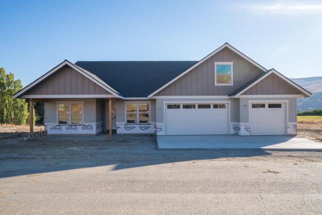 19 Joshua Ln, Wenatchee, WA 98801 (MLS #717342) :: Nick McLean Real Estate Group