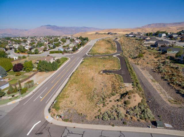 2524 Vasi Ct, East Wenatchee, WA 98802 (MLS #717785) :: Nick McLean Real Estate Group