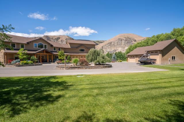 4990 NW Cascade Ave, East Wenatchee, WA 98802 (MLS #718046) :: Nick McLean Real Estate Group
