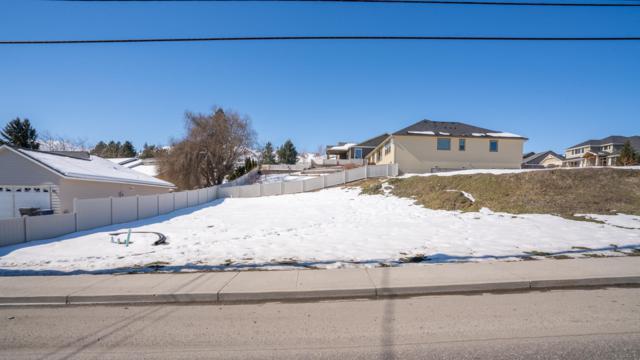 1550 N Western Ave, Wenatchee, WA 98801 (MLS #718064) :: Nick McLean Real Estate Group