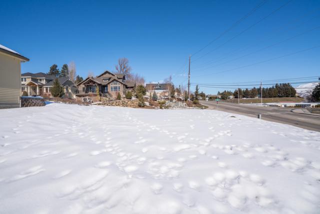 1811 Mckittrick St, Wenatchee, WA 98801 (MLS #718065) :: Nick McLean Real Estate Group