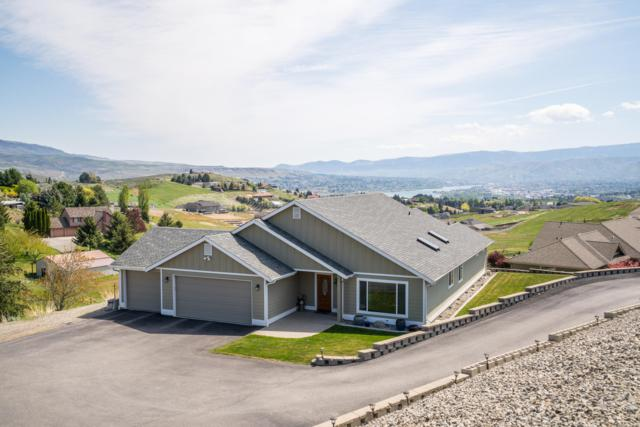 4165 Crestview St, Wenatchee, WA 98801 (MLS #718428) :: Nick McLean Real Estate Group