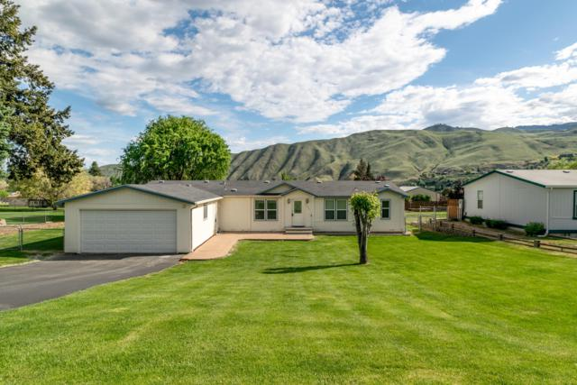 1535 Lower Monitor Rd, Wenatchee, WA 98801 (MLS #718533) :: Nick McLean Real Estate Group