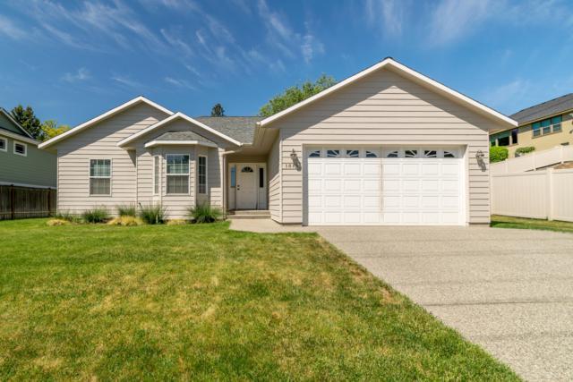 1512 N Western Ave, Wenatchee, WA 98801 (MLS #718543) :: Nick McLean Real Estate Group