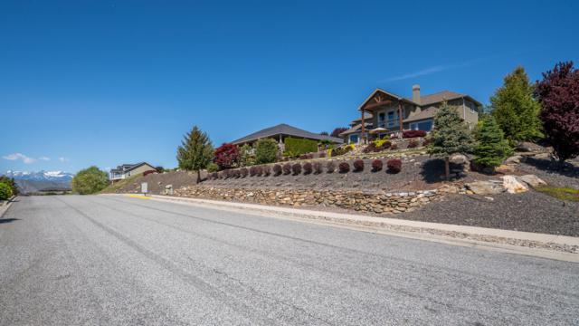 930 Sage Crest Dr, Wenatchee, WA 98801 (MLS #718545) :: Nick McLean Real Estate Group