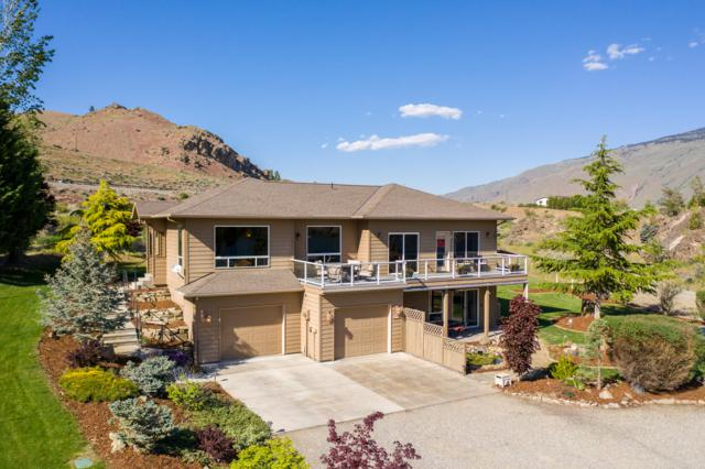 7495 Pot O Gold Ln, Wenatchee, WA 98801 (MLS #718570) :: Nick McLean Real Estate Group