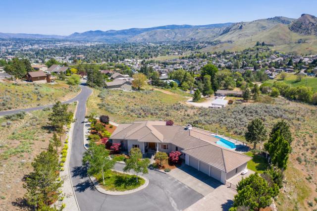 1018 Westmorland Dr, Wenatchee, WA 98801 (MLS #718575) :: Nick McLean Real Estate Group