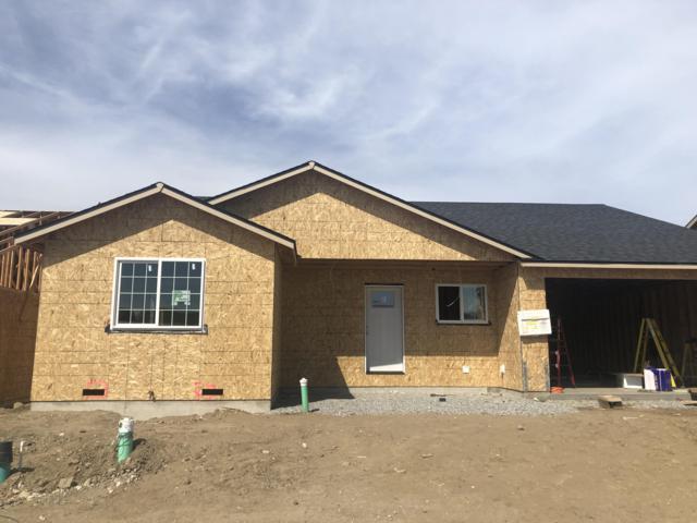 2251 S Melody Ln, East Wenatchee, WA 98802 (MLS #718652) :: Nick McLean Real Estate Group