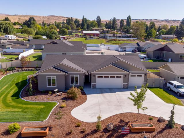 465 Chestnut Ct, East Wenatchee, WA 98802 (MLS #718658) :: Nick McLean Real Estate Group