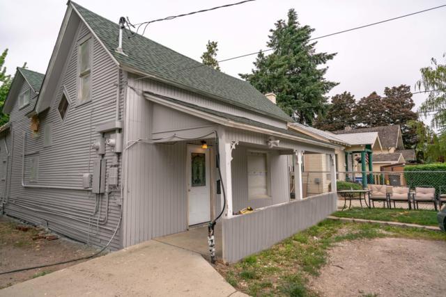 914 Washington St, Wenatchee, WA 98801 (MLS #718717) :: Nick McLean Real Estate Group