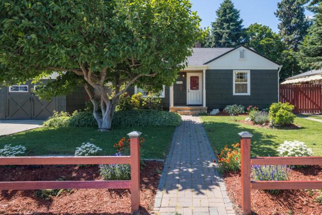 1133 Jefferson St, Wenatchee, WA 98801 (MLS #718971) :: Nick McLean Real Estate Group