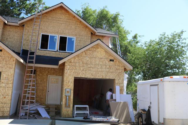 301 River Park Ave #8, Wenatchee, WA 98801 (MLS #719194) :: Nick McLean Real Estate Group