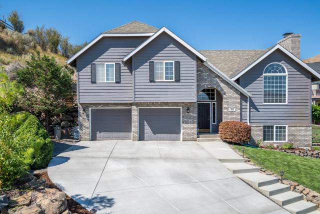 306 Canyon Pl, Wenatchee, WA 98801 (MLS #719452) :: Nick McLean Real Estate Group