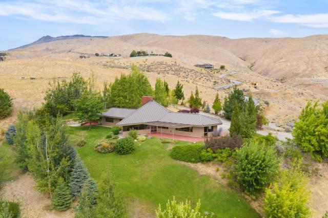 4230 Knowles Rd, Wenatchee, WA 98801 (MLS #719743) :: Nick McLean Real Estate Group