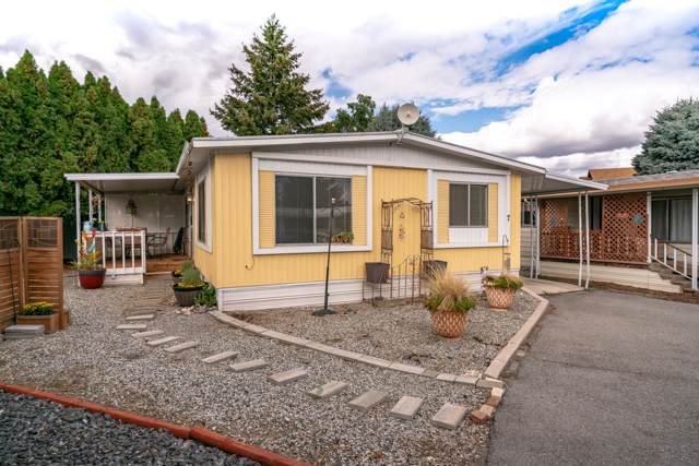1311 Maple St #7, Wenatchee, WA 98801 (MLS #719754) :: Nick McLean Real Estate Group