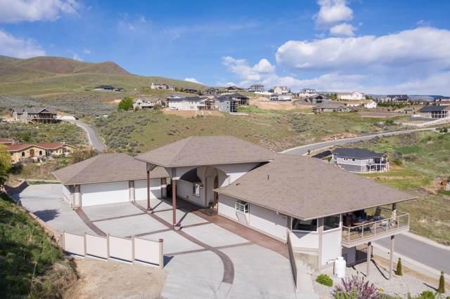 4096 Knowles Rd, Wenatchee, WA 98801 (MLS #719771) :: Nick McLean Real Estate Group